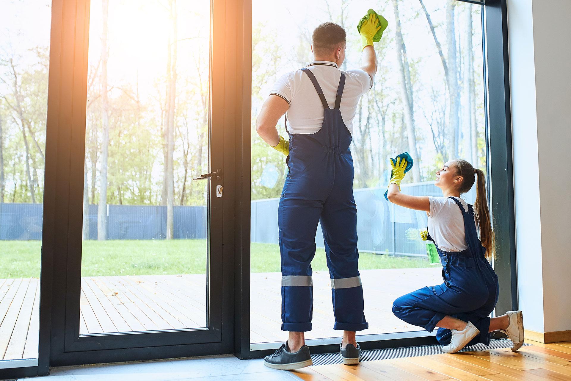 Serviços terceirizados em condomínios valem a pena?